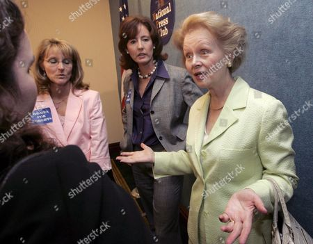 Stock Photo of Mary Ellen Bork (r) the Wife of Judge Robert H Bork Whose Nomination to the Supreme Court Was Defeated by Democrats in 1987 Talks with Other Participants at a 'Women For Roberts' Press Conference at the National Press Club in Washington Dc Wednesday 24 August 2005 Several Conservative Women Leaders and Business People Spoke in Support For the Nomination of Judge John Roberts to the U S Supreme Court
