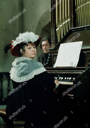 'Carry on Dick'   Film Hattie Jacques