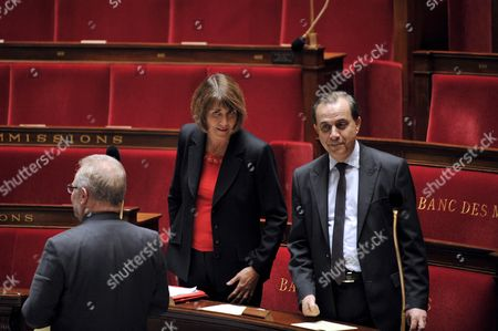 French Minister For Culture Christine Albanel (l) and French Minister of State Roger Karouchi (r) Take Place at French National Assembly in Paris France 29 April 2009 As French Deputies Debate a New Version of a Bill That Would Ban Illegal Downloaders From Internet in a New Effort to Combat Film and Music Piracy This Bill Backed by the Entertainment Industry and Opposed by Consumer Groups Has Been Earlier Rejected Due to a the Absence of Ump Parliamentarians in a Surprise Setback For President Nicolas Sarkozy's Government Epa/yoan Valat