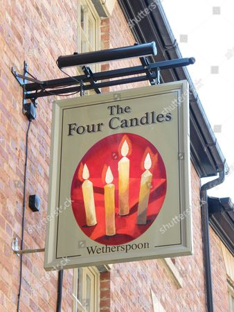 'The Four Candles' pub