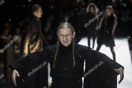 Models present creations by German designer Esther Perbandt  during the Mercedes-Benz Fashion Week Berlin in Berlin, Germany, 17 January 2017. The Mercedes-Benz Fashion Week Berlin runs from 17 to 20 January.