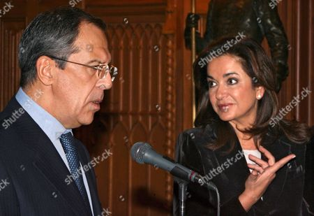 Russian Foreign Minister Sergei Lavrov (l) and Greek Foreign Minister Dora Bakoyianni (r) Address the Media During Their Joint Press Conference in Moscow Wednesday 22 November 2006 Dora Bakoyianni is On a Working Visit in Russia
