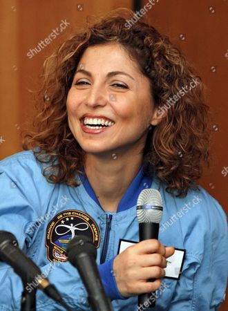 Us Entrepreneur and the World's First Female Space Tourist Anousheh Ansari Smiles During a News Conference in Star City Outside Moscow 02 October 2006