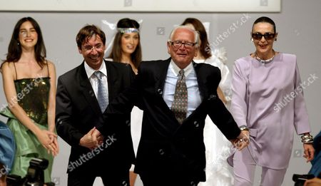 Fashion Designer Pierre Cardin (front C) Runs with His Fashion Director Maryse Gaspard (r) and Designer Richard Radinscky (l) On the Catwalk After the Pierre Cardin Fashion Show in Istanbul Turkey Wednesday 21 June 2006