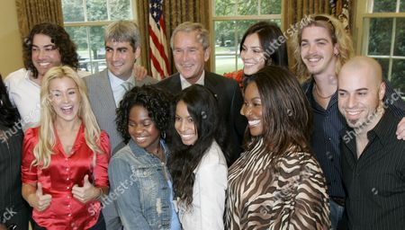 Stock Image of Us President George W Bush (back Row Center) Poses For Pictures with the Top Ten Finalists From the Talent Search Program American Idol (clockwise From the Rear Left) Ace Young Taylor Hicks Bush Katharine Mcphee Bucky Covington Chris Daughtry Mandisa Hundley Lisa Tucker Paris Bennett and Kellie Pickler in the Oval Office of the White House in Washington Dc On Friday 28 July 2006
