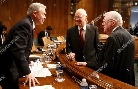 U S Senator Jeff Sessions (republican / Alabama) Left Talks with Lee H Hamilton (c) Co-chair of the Iraq Study Group and Iraq Study Group Member and Former U S Attorney General Edwin Meese Iii Prior to Their Testifying at the Senate Judiciary Committee's Hearing On the Iraq Study Group's Recommendations For Improvements to Iraq's Police and Criminal Justice System On Capitol Hill in Washington Dc Wednesday 31 January 2007