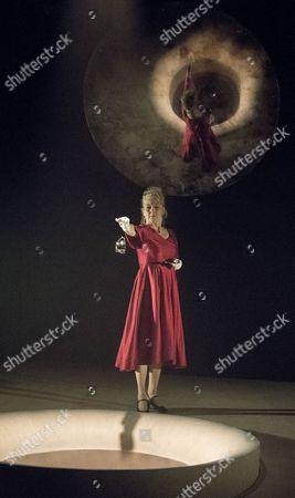 Stella Gonet as Lady Hasi