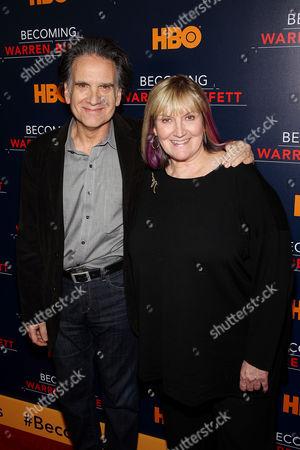 Peter Buffett, Susan Alice Buffett