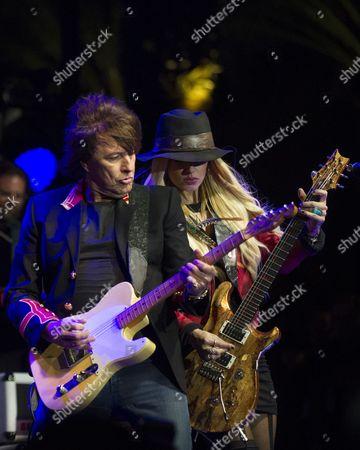Richie Sambora performs with Orianthi Panagaris