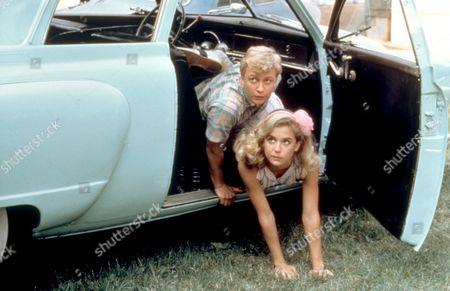 Stock Image of 'Mischief' - Doug McKeon and Kelly Preston