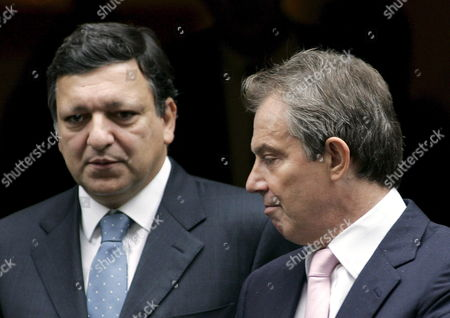 Stock Image of Jose Maria Barroso (l) President of the European Commission Leaves Number 10 Downing St with British Prime Minister Tony Blair (r) Monday 24 October 2005 After a Consultation Meeting Prior to This Weeks Eu Summit at Sandown Park