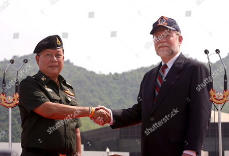Thai Supreme Commander Gen Ruengroj Mahasaranond (l) Shakes Hands with U S Ambassador Ralph L Boyce (r) During the Opening Ceremony of a Joint Military Exercise 'Cobra Gold 06' at Chulachomklao Royal Military Preparation Academy Nakhon Nayok Province Thailand Monday 15 May 2006 Cobra Gold is One of the Joint Military Exercises Held in Coordination Between the U S with Thailand Japan and Singapore and Indonesia Will Join the Cobra Gold 06 For the First Time