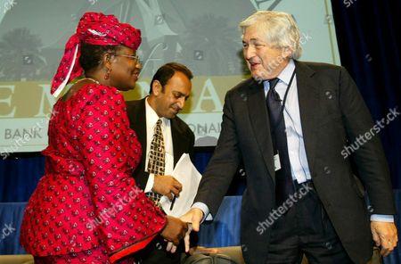 Editorial picture of Uae Dubai 2003 Imf Amos Wolfensohn - Sep 2003