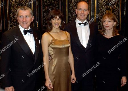 John Lehman the Chairman of the Princess Grace Foundation Kate Robin a Writer For Home Box Office Tv Hsh Crown Prince Albert of Monaco and Ilya Chenkin Pose For a Picture Before the Start of the 2003 Princess Grace Awards Gala On Tuesday 28 October 2003 at the Waldorf-astoria in New York