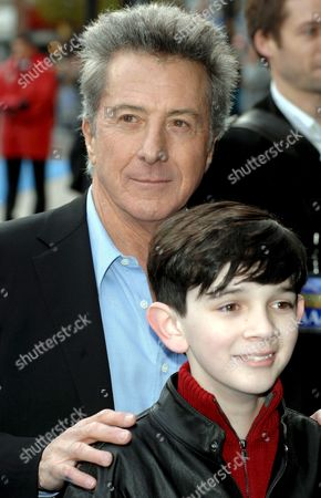 American Actors Dustin Hoffman and Zach Mills Arrive at the European Premiere of Zach Helm's Film 'Mr Magorium's Wonder Emporium' Held at the Empire Leicester Square in Central London 25 November 2007 in the Vividly Fantastical World of Mr Magorium's Wonder Emporium Imagination Rules and Just About Anything You Can Think Might Be Fun Can Happen in This Toy-store Balls Bounce Themselves Schools of Fish Fly Through the Air Stuffed Animals Hug Back and Good Homework is Instantly Morphed Into Grand Rewards and the Customers Have the Wide-open Minds to Have a Blast with It But When Two Centuries of Wonderment Look Like They Are About to Grind to a Sudden Halt the Store Does Something Even More Incredible It Brings a Young Woman Who Does not Quite Believe in Herself and a Man Who Claims He Does not Believe in Magic One Last Chance to Discover One of Life's Greatest Gifts: the Ability to Be Awestruck and Surprised by Possibility