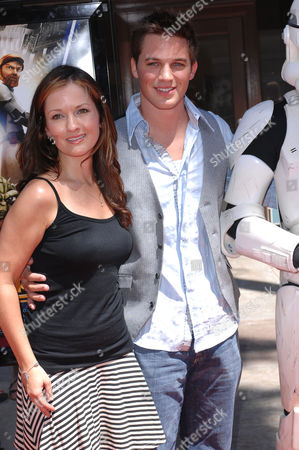 Matt Lanter and Catherine Taber