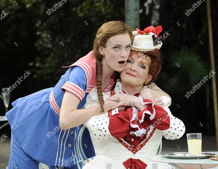 Lisa O'Hare ( Gigi ) and Millicent Martin ( Mamita )