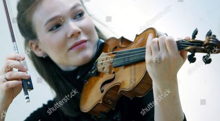 British Violinist Tamsin Waley-cohen Plays a Stradivari Violin Known As 'The Penny' at Christie's Auction House in London Britain 07 March 2008 Made in Cremona Italy by Antonio Stradivari Circa1700 the Violin is Expected to Fetch in the Region of 800 000 - 1 2 Million Euros at Auction 04 April