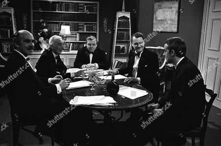 'The Power Game' - Mergers - Michael Jayston and Patrick Wymark.