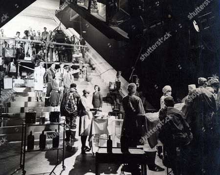 'A Matter of Life and Death'  - Filming the Stairway Sequence - Michael Powell, Robert Coote, Marius Goring, Roger Livesey, Kim Hunter