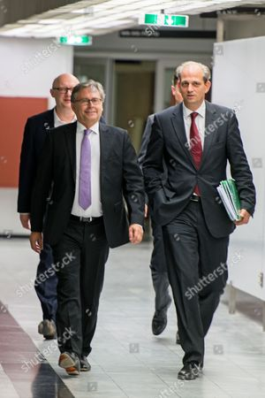 Alexander Wrabetz (l) Director General of the National Public Service Austrian Broadcasting Corporation (oesterreichischer Rundfunk Or Orf) Arrives Prior to the Election of the Orf's New Director General in Vienna Austria 09 August 2016 Others Are not Identified Office-bearer Wrabetz and the Orf's Commercial Director Richard Grasl Are Both Running For the Post Austria Vienna