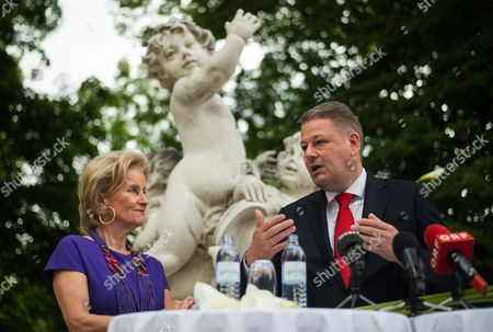 Austrian Minister of Agriculture Forestry Environment and Water Management Andra Rupprechter (r) and Managing Director of the Spanish Riding School Elisabeth Guertler (l) Address the Media at the 'Burggarten' Park in Vienna Austria 02 June 2016 After the Spanish Riding School was Admitted to the Unesco World Heritage List of Intangible Cultural Heritage of Humanity Austria Vienna