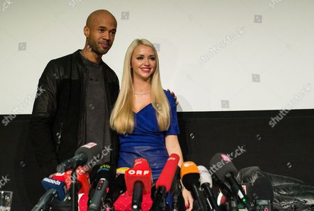 Dutch Rapper Mr Probz (l) and Cathy 'Spatzi' Lugner (r) Attend a Press Conference at the Shopping Mall 'Lugner City' in Vienna Austria 03 February 2016 Mr Probz Will Accompany Austrian Businessman Richard Lugner As His Special Guest to the Traditional 60th Vienna Opera Ball Which Will Take Place on 04 February Austria Vienna
