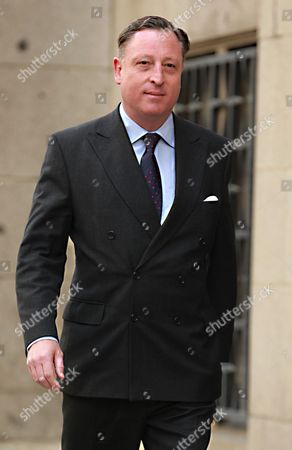 Neville Thurlbeck who was a News Editor For the News of the World Arriving at the Old Bailey Central Criminal Court in London For Sentencing in the Phone Hacking Trial 4th June 2014 He was Jailed For Six Months United Kingdom London