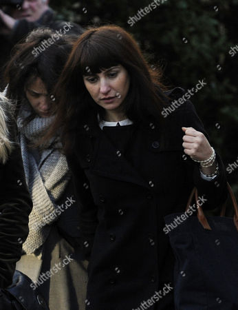 Italian Sisters Elisabetta (left) and Francesca Grillo Former Assistants to British Television Chef Nigella Lawson and Her Former Husband Charles Saatchi Arrive to Isleworth Crown Court London 20 December 2013 They Were Later Found not Guilty by the Jury of Defrauding the Couple of Euros 840 000 United Kingdom London