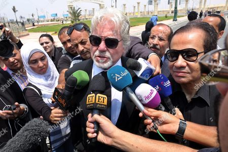 Egyptian Actor Hussein Fahmy (c) Attends the Funeral of Egyptian Actor Omar Sharif at the Mushir Tantawi Mosque in Cairo Egypt 12 July 2015 According to the Egyptian Actor's Agent Omar Sharif Died at the Age of 83 of a Heart Attack at a Hospital in Cairo Egypt Cairo