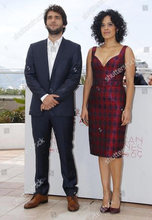 Brazilian Actress Maeve Jinkings (r) and Brazilian Actor Humberto Carrao (l) Pose During the Photocall For 'Aquarius' at the 69th Annual Cannes Film Festival in Cannes France 18 May 2016 the Movie is Presented in the Official Competition of the Festival Which Runs From 11 to 22 May France Cannes