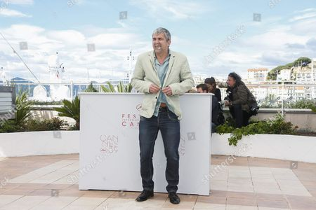 French Director Alain Guiraudie Poses During the Photocall For 'Rester Vertical' (staying Vertical) at the 69th Annual Cannes Film Festival in Cannes France 12 May 2016 the Movie is Presented in the Official Competition of the Festival Which Runs From 11 to 22 May France Cannes