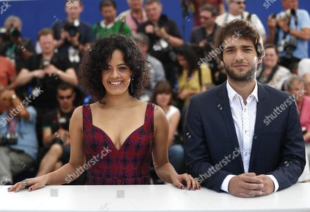Brazilian Actress Maeve Jinkings (l) and Brazilian Actor Humberto Carrao (r) Pose During the Photocall For 'Aquarius' at the 69th Annual Cannes Film Festival in Cannes France 18 May 2016 the Movie is Presented in the Official Competition of the Festival Which Runs From 11 to 22 May France Cannes