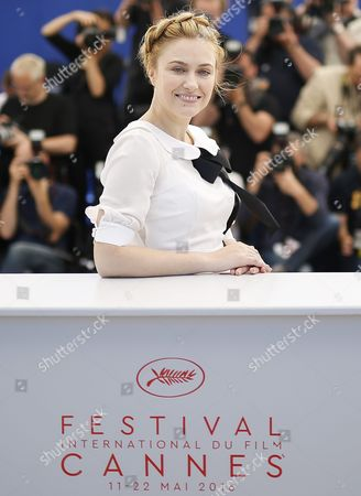 Romanian Actress Malina Manovici Poses During the Photocall For 'Bacalaureat' at the 69th Annual Cannes Film Festival in Cannes France 19 May 2016 the Movie is Presented in the Official Competition of the Festival Which Runs From 11 to 22 May France Cannes