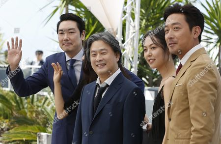 (l-r) South-korean Actor Jo Jing-woong South-korean Director Park-chan-wook South-korean Actress Kim Min-hee and South-korean Actor Ha Jung-woo Pose During the Photocall For 'Mademoiselle' (the Handmaiden) at the 69th Annual Cannes Film Festival in Cannes France 14 May 2016 the Movie is Presented in the Official Competition of the Festival Which Runs From 11 to 22 May France Cannes