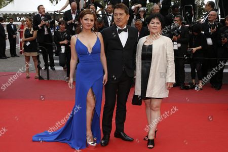 Philippino Actress Andi Eigenmann (l) Philippino Director Brillante Mendoza (c) and Philippino Actress Jaclyn Jose (r) Arrive For the Closing Awards Ceremony of the 69th Annual Cannes Film Festival in Cannes France 22 May 2016 For the First Time in the Festival History the Golden Palm Winning Movie Will Be Screened at the Closing Ceremony France Cannes