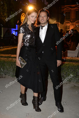 New York-based Argentine Creative Director Sofia Sanchez De Betak (l) and Husband Creative Director and Producer Alexandre De Betak (r) Arrive For the Launch Party of the Tory Burch Company's Paris Flagship Store During the Haute Couture Fashion Week in Paris France 07 July 2015 the Presentation of the Fall/winter 2015/2016 Haute Couture Collections Runs From 05 to 09 July France Paris