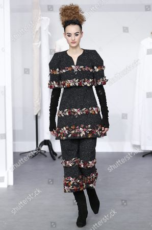 Dutch Model Maartje Verhoef Presents a Creation During the Fall/winter 2016/2017 Haute Couture Collection by German Designer Karl Lagerfeld For Chanel Fashion House During the Paris Fashion Week in Paris France 05 July 2016 the Presentation of the Haute Couture Collections Runs From 03 to 07 July France Paris
