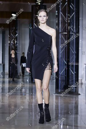 Belgian Model Ine Neefs Presents a Creation From the Fall/winter 2016/17 Ready to Wear Collection by Belgian Designer Anthony Vaccarello During the Paris Fashion Week in Paris France 01 March 2016 the Presentation of the Women's Collections Runs From 01 March to 09 March France Paris