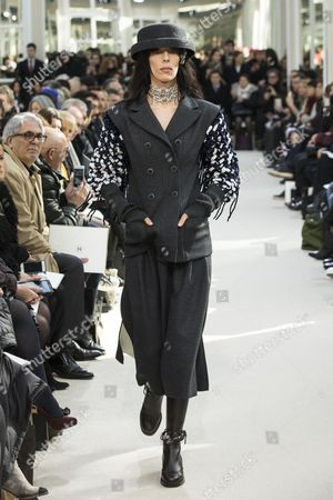 Us Model Jamie Bochert Presents a Creation From the Fall/winter 2016/17 Ready to Wear Collection by German Designer Karl Lagerfeld For Chanel During the Paris Fashion Week in Paris France 08 March 2016 the Presentation of the Women's Collections Runs From 01 March to 09 March France Paris