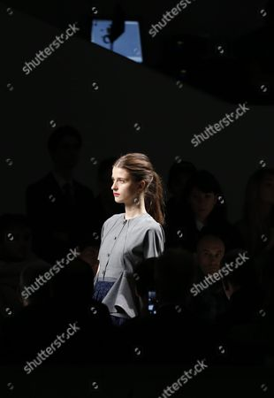 A Model Presents a Creation From the Fall/winter 2016/17 Ready to Wear Collection by Us Designer Adam Andrascik For Guy Laroche During the Paris Fashion Week in Paris France 02 March 2016 the Presentation of the Women's Collections Runs From 01 March to 09 March France Paris