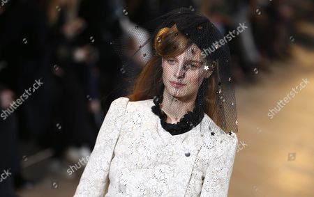 Belgian Model Ine Neefs Presents a Creation From the Fall/winter 2016/17 Ready to Wear Collection by French Designer Isabel Marant During the Paris Fashion Week in Paris France 04 March 2016 the Presentation of the Women's Collections Runs From 01 March to 09 March France Paris
