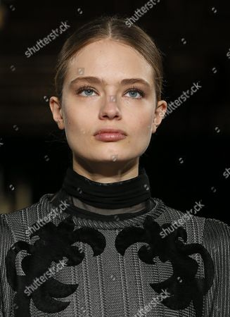 German Model Anna Mila Guyenz Presents a Creation From the Fall/winter 2016/17 Ready to Wear Collection by Russian Designer Valentin Yudashkin During the Paris Fashion Week in Paris France 06 March 2016 the Presentation of the Women's Collections Runs From 01 March to 09 March France Paris