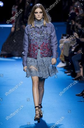 Dutch Model Roos Abels Presents a Creation From the Fall/winter 2016/17 Ready to Wear Collection by Lebanese Designer Elie Saab During the Paris Fashion Week in Paris France 05 March 2016 the Presentation of the Women's Collections Runs From 01 March to 09 March France Paris