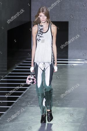 Estonian Model Alexandra Elizabeth Ljadov Presents a Creation From the Spring/summer 2016 Ready to Wear Collection by French Designer Nicolas Ghesquiere For Louis Vuitton During the Paris Fashion Week in Paris France 07 October 2015 the Presentation of the Womens Collections Runs From 29 September to 07 October France Paris