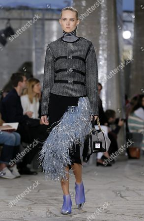 Estonian Model Harleth Kuusik Presents a Creation From the Spring/summer 2016 Ready to Wear Collection by British Designer Jonathan Anderson For Loewe Fashion House During the Paris Fashion Week in Paris France 02 October 2015 the Presentation of the Women's Collections Runs From 29 September to 07 October France Paris