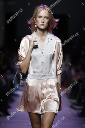 Estonian Model Harleth Kuusik Presents a Creation From the Spring/summer 2016 Ready to Wear Collection by Paul & Joe Fashion House During the Paris Fashion Week in Paris France 06 October 2015 the Presentation of the Womens Collections Runs From 29 September to 07 October France Paris
