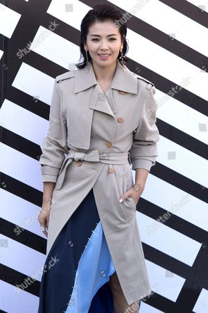 Chinese Actress Liu Tao Arrives For the Presentation of the Spring/summer 2016 Ready to Wear Collection by French Designer Nicolas Ghesquiere For Louis Vuitton During the Paris Fashion Week in Paris France 05 October 2016 the Presentation of the Women's Collections Runs From 27 September to 05 October France Paris