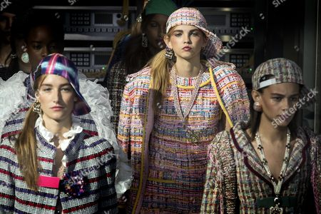 (l-r) French Model Josephine Le Tutour Us Model Molly Bair and Us Model Binx Walton Present Creations From the Spring/summer 2016 Ready to Wear Collection by German Designer Karl Lagerfeld For Chanel During the Paris Fashion Week in Paris France 04 October 2016 the Presentation of the Women's Collections Runs From 27 September to 05 October France Paris
