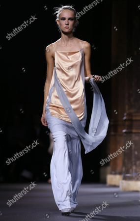 Estonian Model Harleth Kuusik Presents a Creation From the Spring/summer 2016 Ready to Wear Collection by Vionnet Fashion House During the Paris Fashion Week in Paris France 30 September 2015 the Presentation of the Women?s Collections Runs From 29 September to 07 October France Paris